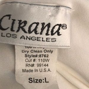 Cirana Los Angeles Tops - Lined scoop Neck tank top says sz lg s/b small
